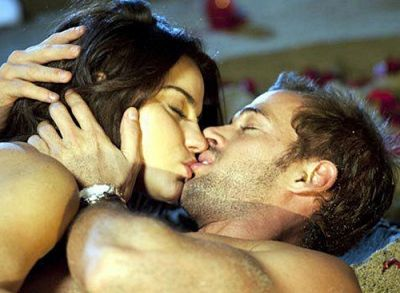 Naked angelina jolie and william levy