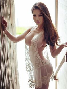 Sexy and nude vietnamese girls