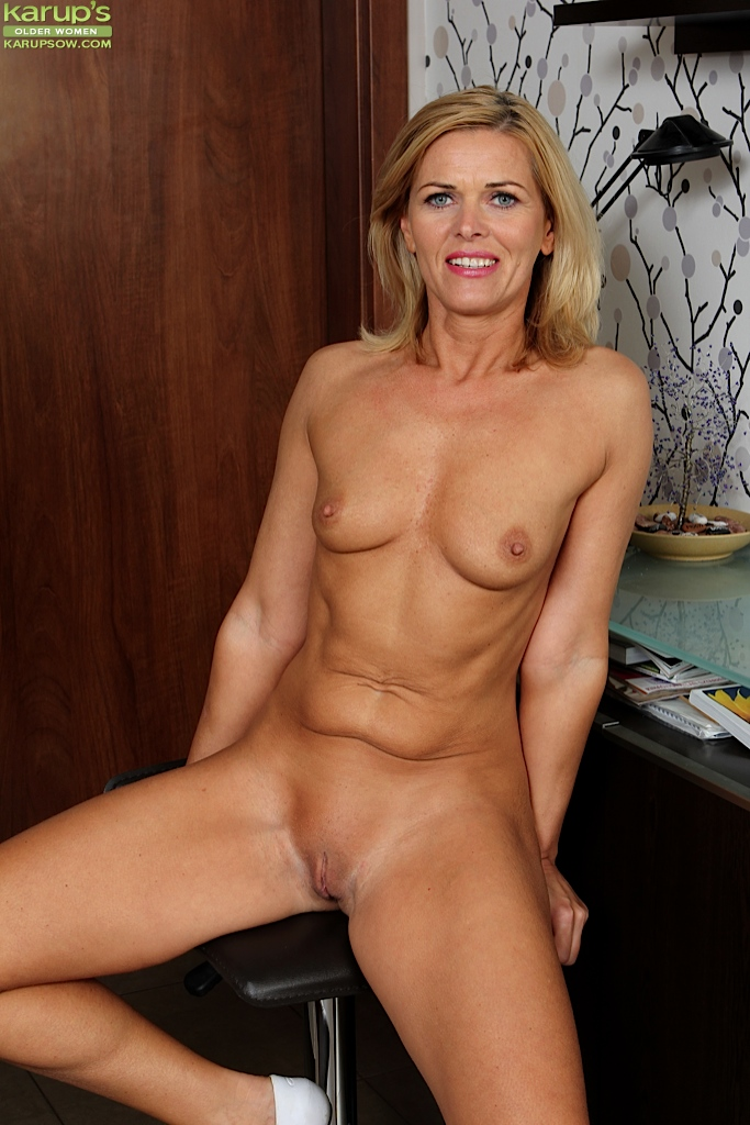 Small tit matures